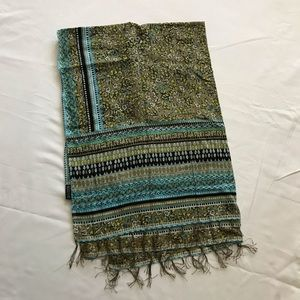 Divided by H&M Blue Green Pattern Scarf / Wrap